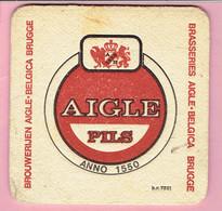 Bierviltje - AIGLE Pils - BR. AIGLE Belgica Brugge - Sous-bocks