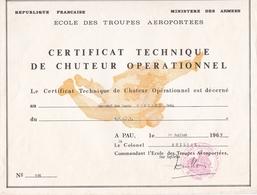 CERTIFICAT TECHNIQUE DE CHUTEUR OPERATIONNEL 1969 MINISTERE DES ARMEES ECOLE DES TROUPES AEROPORTEES - Documents