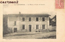 LA FORTERESSE LA MAIRIE ET L'ECOLE DE GARCONS 38 ISERE - Francia