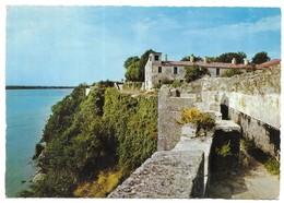 Blaye Les Remparts De La Citadelle Coté Gironde - Blaye