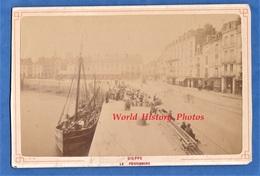 Photo Ancienne Avant 1900 - DIEPPE - La Poissonnerie - Arrivée Du Poisson - Bâteau De Pêche - Echelle - Boat Voilier - Photos