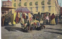 NAPOLI, COSTUMI. COSTUMI. VENDITRICI DI MERCERIE. MTP. CIRCA 1910 NON CIRCULEE - BLEUP - Napoli