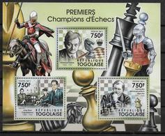MOZAMBIQUE Feuillet  N° 2552/55  * *  ( Cote 18e )  Echecs - Echecs