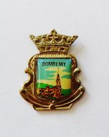 Pin's BLASON Domrémy - Villes