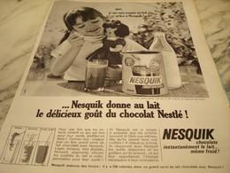 ANCIENNE PUBLICITE  CHOCOLAT NESQUIK 1965 - Affiches