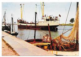 """Cpsm: 80 SAINT VALERY SUR SOMME (ar. Abbeville) Le Port (Cargo """"Priwall"""" Hambourg)  1970 (rare) - Saint Valery Sur Somme"""