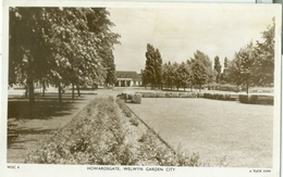 Welwyn (Garden City) 1953; Howards Gate - Circulated. (Tuck's Post Card) - Hertfordshire