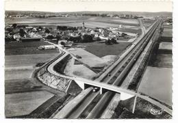 Cpsm: 59 VENDEVILLE  (ar. Lille) L'Autoroute - Le Village - Vue Aérienne 1967   CIM  N° 268.62 A - France