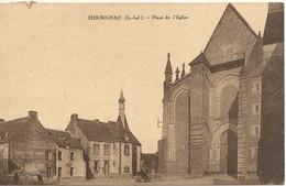 44  HERBIGNAC    PLACE  DE  L  EGLISE - Herbignac