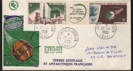 Archipel Kerguelen 27-3 1966 Cachet Manuel Sur N° PA 11A Tryptique - Covers & Documents