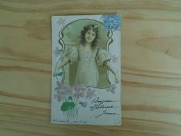 """Carte Assez Rare De 1904 , Jeune Fille """""""" Fleurs Et Cadre En Relief """""""" - Scenes & Landscapes"""