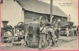 En BEAUCE - Machine à Battre . Beau Cliché Animé . ThG. N° 506 - Tractores