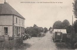 BREVONNES - LE CAFE BOUDELOT ET LA RUE DE LA GARE - BELLE ANIMATION DEVANT LE CAFE - UNE ROULOTTE - TOP !!! - France