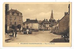 EGLISENEUVE D'ENTRAIGUES   (cpa 63)  Place Du Marché   -  L 1 - France