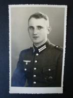 2. WK., Original Foto, Fotokarte, Soldat Mit Orden, Sportabzeichen - Dokumente