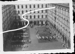 2.Dunkerque 1940 Wehrmacht. Soldats Dans La Caserne. 2e Guerre - 1939-45