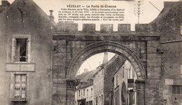 Vézelay- La Porte St-Etienne - Vezelay