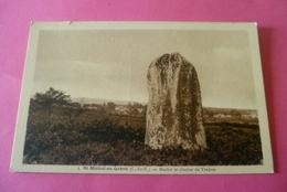 --- 22------ST MICHEL EN GREVE------Menhir Et Le Clocher De Trédrez .  . - Saint-Michel-en-Grève