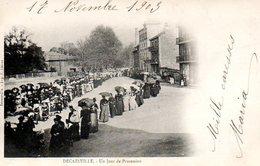 Decazeville (12) : Un Jour De Procession - Decazeville