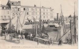 14 Honfleur. L'embarcadere Du Bateau Du Havre - Honfleur