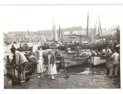Port De Douarnenez Vers 1930 - Lieux