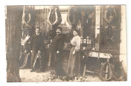 Carte Photo Commerce Artisan Bourrelier - Colliers De Cheval , Harnais - (... Des Ateliers MILITAIRES) - Craft