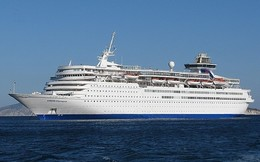 """Ship Postcards - Passenger   Ship : """"Louis Oyimpia   """" Variant    Read Description - Unclassified"""