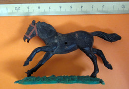 SOLDATINO CAVALLO HORSE TIMPO TOYS    VINTAGE - Figurines
