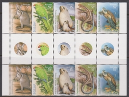 Norfolk Island ASC 1057a 2009 Species At Risk, Gutter Strip ,Mint Never Hinged - Norfolkinsel