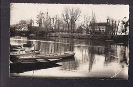 CPSM 78 - JUZIERS - Le Goujon Folichon - TB PLAN Etablissement Au Bord De L'eau - CP Voyagée 1950 - Frankreich