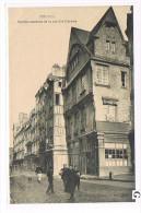 CPA (44 ) NANTES - Rue  Des Carmes - Vieilles Maisons ,Animée - ( 001) - Nantes