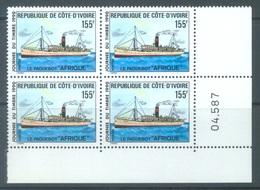 COTE D'IVOIRE - 1990 - MNH/** - PAQUEBOT AFRIQUE BLOC DE 4 BORD DE FEUILLE - Yv 839 - Lot 19058 - Côte D'Ivoire (1960-...)