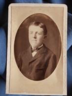 CDV Photo A. Barrès à Paris - Portrait D'un Adolescent Circa 1885 L428 - Foto
