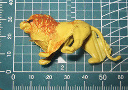 LEONE - Figurines
