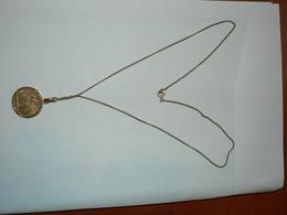 Piece 20 Francs Or Genie 1895 Montée En Medaillon Avec Sa Chaine En Or - Gold