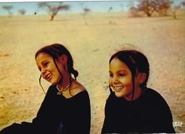 NIGER. TILLIA. FILLETTES TOUAREG. ANNEE 1980 - Niger