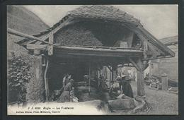 SUISSE  AIGLE  (VAUD)  ANIMEE...LAVOIR...FONTAINE..LAVEUSES...C3106 - VD Vaud