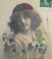 CPA 1900/20 D'origine Carte Fillette Aux Cheveux  Bouclés Avec Un Béret Pretty Little Girl Hat - Portraits