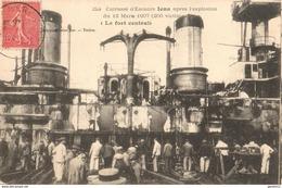 CUIRASSÉ D'ESCADRE IENA APRÈS L'EXPLOSION DU 12 MARS 1907 (200 VICTIMES) LE FORT CENTRAL - Warships