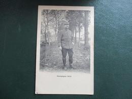 CPA CAMPAGNE 1914 MILITAIRE N° COL ET KEPI 77 - Guerra 1914-18