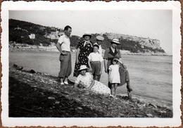 Photo Originale Famille Lafon & Ballade Aux Calanques De Marseille Vers 1936, Mer & Criques Sur Mer Méditerranée - Personnes Anonymes