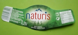 Etiquette L'eau Minerale Naturis. Portugal - Etiquettes