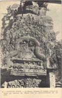 Cambodia - Angkor Thom - Le Bayon Linteau Et Tympan Entoure Du  Naga And Redresse De Chaque  No47 - Cambodia