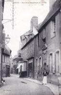58 - Nievre - DECIZE - Rue De La Republique - Decize