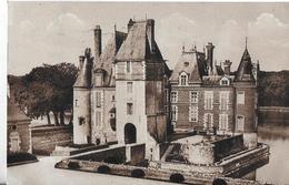 La Bussière. Le Chateau Et La Terrasse. - Autres Communes