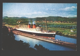S.S. Mauretania - Eclusas De Miraflores Del Canal De Panama - Passagiersschepen