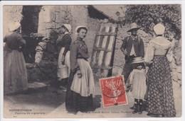 37 ROCHECORBON Famille De Vignerons ,circulée En 1910 - Rochecorbon