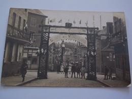 Ancienne Carte Postale Photo Cpa Carrepuits Fouquescourt Gloire Aux Vainqueurs Guerre 1914 1918 Animée - France