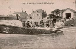 Cpa 85 ST-GILLES-CROIX-de-VIE  Bateau De Sauvetage En Mer, Très Animée , Rare, Très Bon état - Saint Gilles Croix De Vie