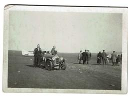 Petite Photo 8,5 X 6 Cm - 1933 - Automobile à Identifier Sur Terrain D'aviation à Malzeville - Lorraine - 2 Scans - Cars